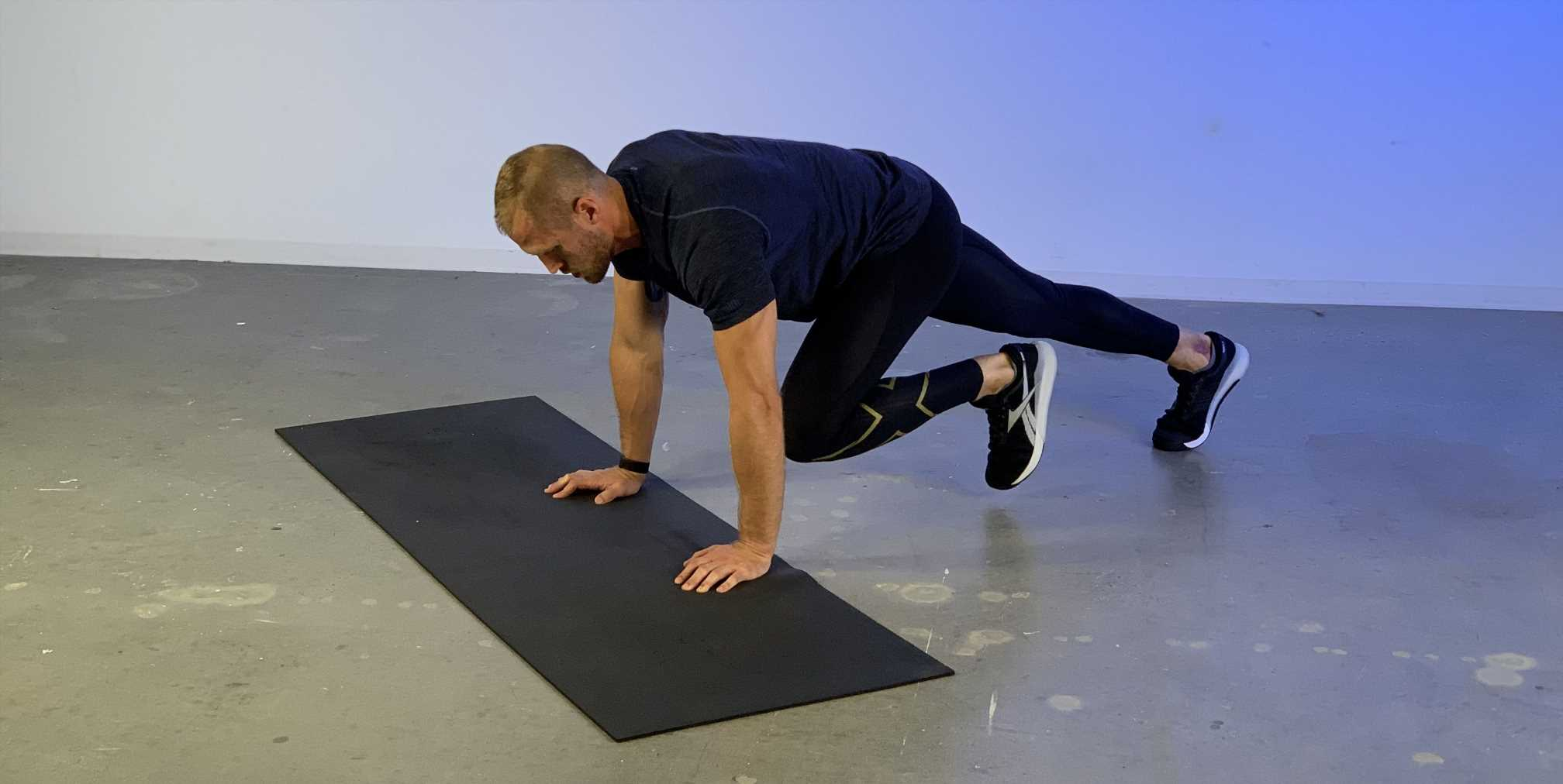 How to Do Mountain Climbers the Right Way
